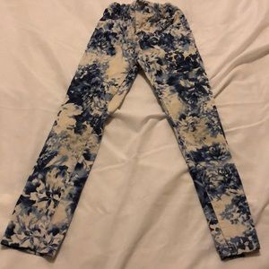 Children's place pattern jeans